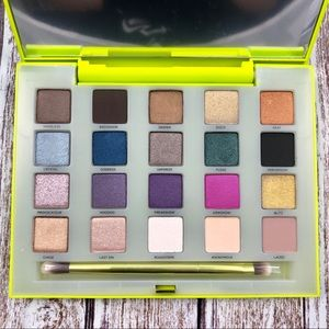 Urban Decay Vice Limited Edition Eyeshadow Palette